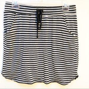 Stitch Fix ReneeC gray/navy stripe tie front skirt
